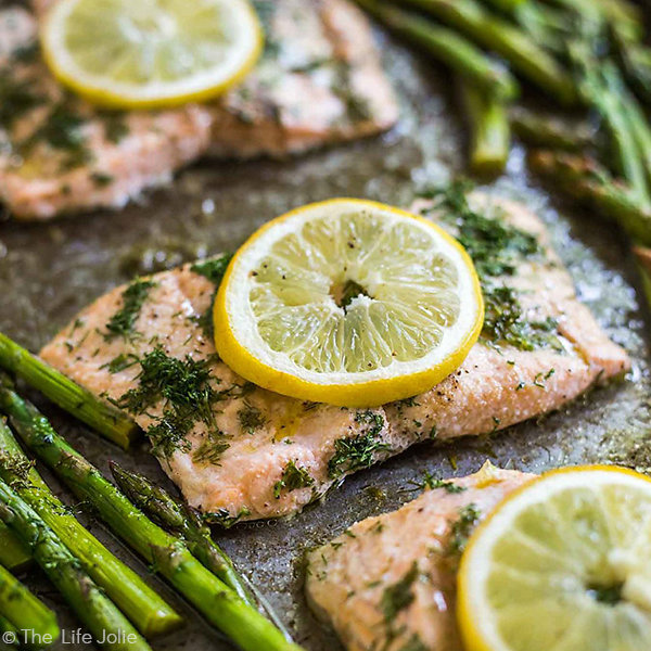 20 Minute Sheet Pan Lemon Dill Salmon and Asparagus